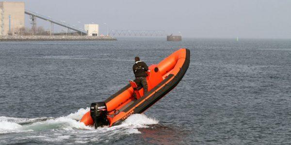 coach-boats-sales