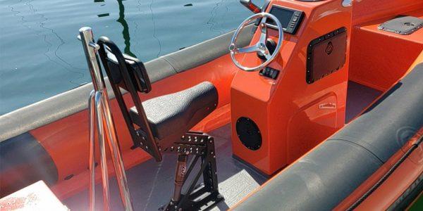 coach-boats-sailoing-ribs