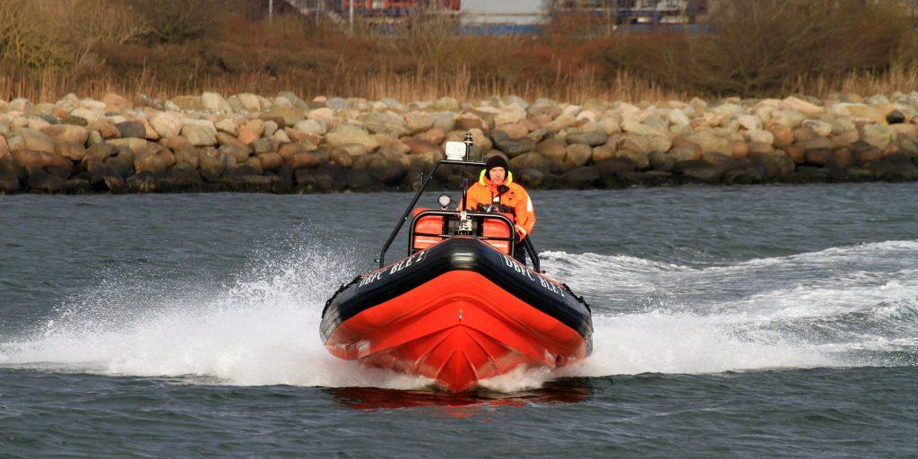 professionalboats_6.9m
