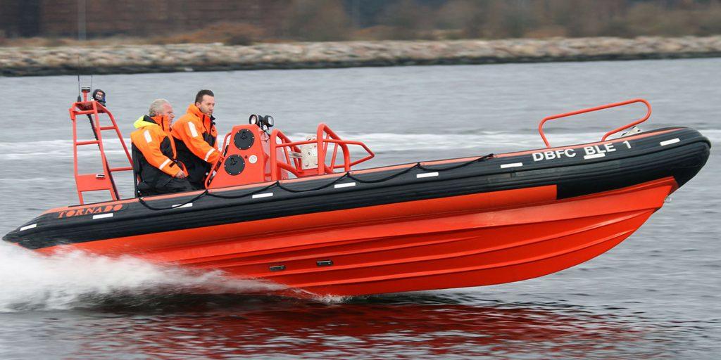 rigid_iflatable_boats_6.9m