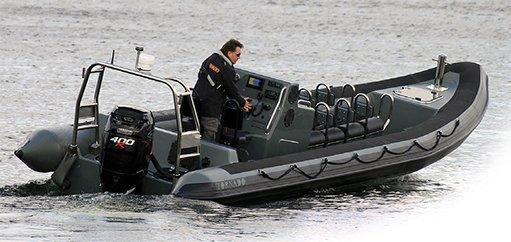 Tornado-boat-95m1